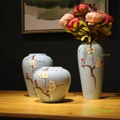 bình gốm thủ công hoa mai trắng tại ladora