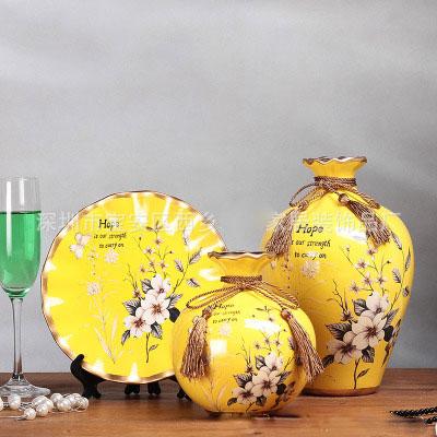 Bình hoa gốm sứ trang trí phòng khách rất đẹp