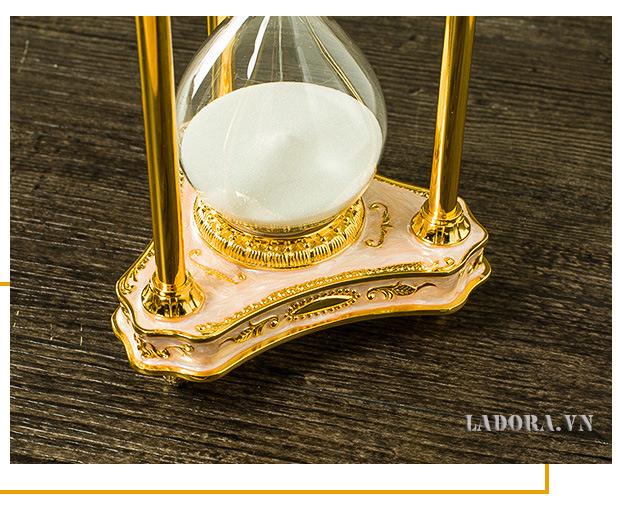 đồ trang trí bàn làm việc đẹp tại Ladora.vn