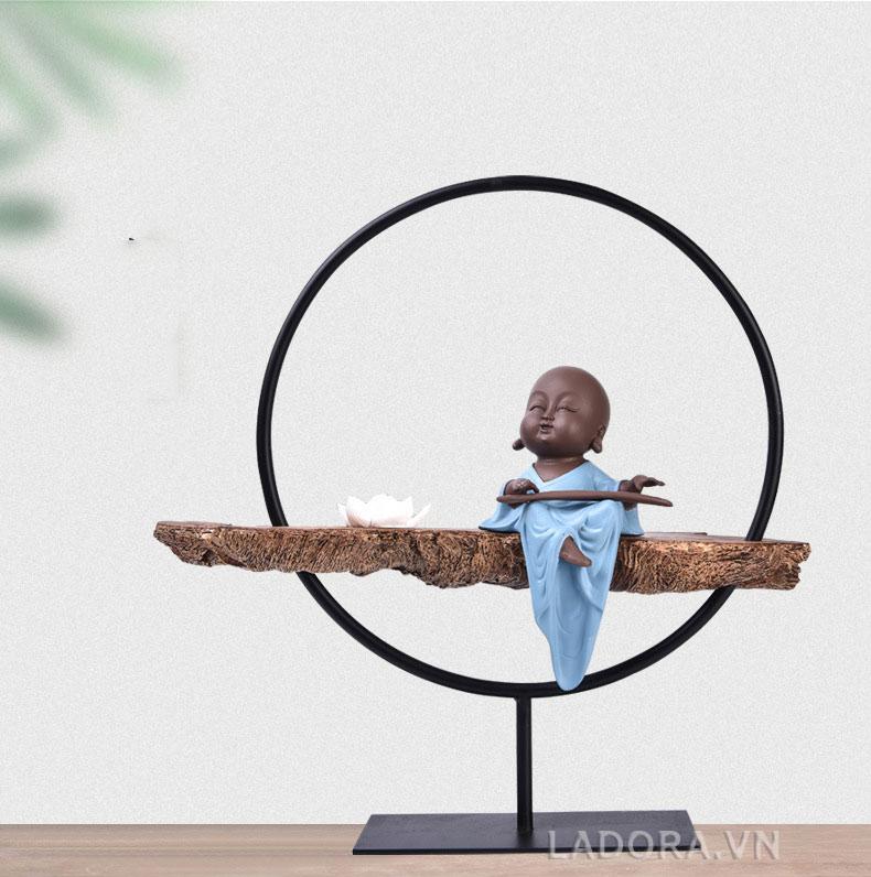tượng trang trí bàn đẹp tại ladora.vn