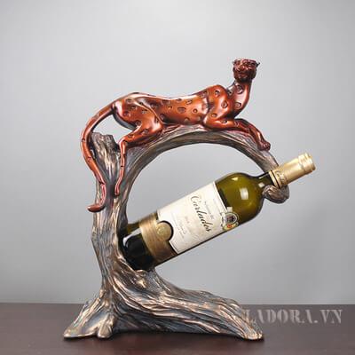 Kệ rượu đẹp con báo đốm tại của hàng LaDora