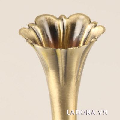 bình hoa cổ điển tại Ladora.vn