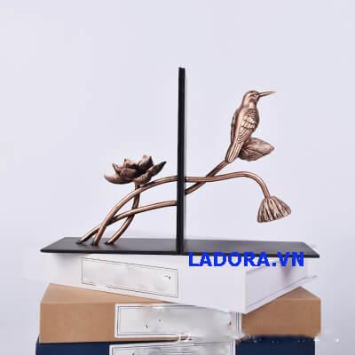 đồ vật trang trí bàn tại ladora.vn