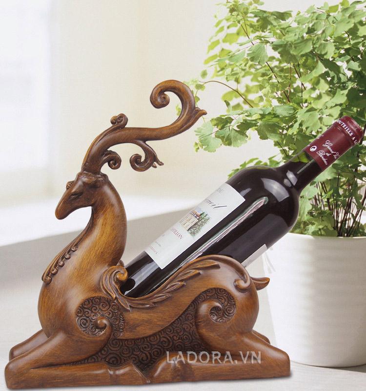 kệ đựng rượu vang tại Ladora.vn
