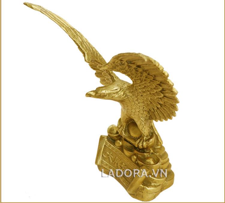 Chim đại bàng - Biểu tượng của các anh hùng vĩ đại
