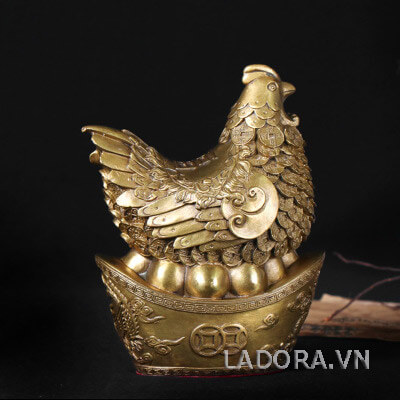 tượng gà đem đến may mắn và tài lộc cho gia chủ
