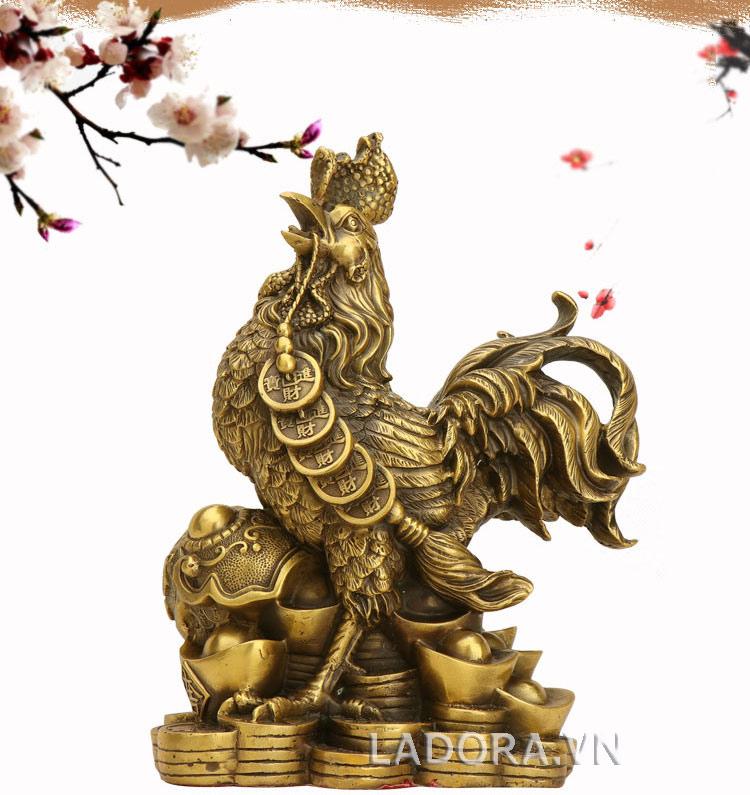 tượng con gà bằng đồng quà tặng sếp tại ladora shop