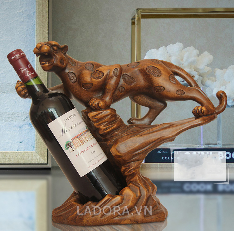 giá đựng rượu vang đẹp tại cửa hàng ladora