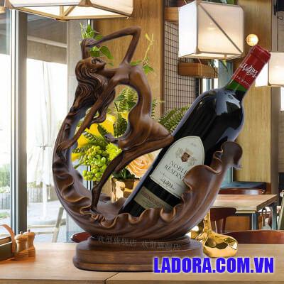 giá đựng rượu vang tại shop bán đồ trang trí nhà ở hà nội ladora