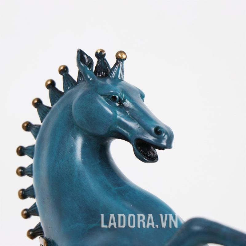 ngựa trợ giúp doanh nghiệp phát triển nhanh và mạnh
