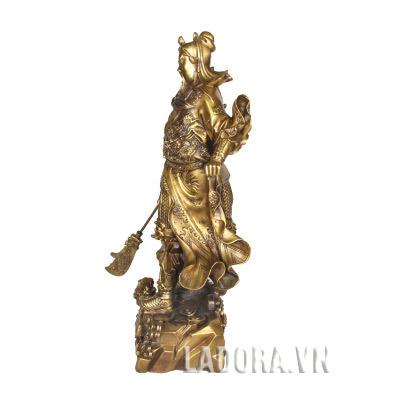 tượng quan vũ đem lại bình an cho gia chủ