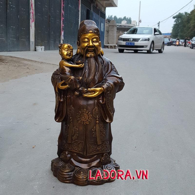 tượng ông Phúc tại ladora shop