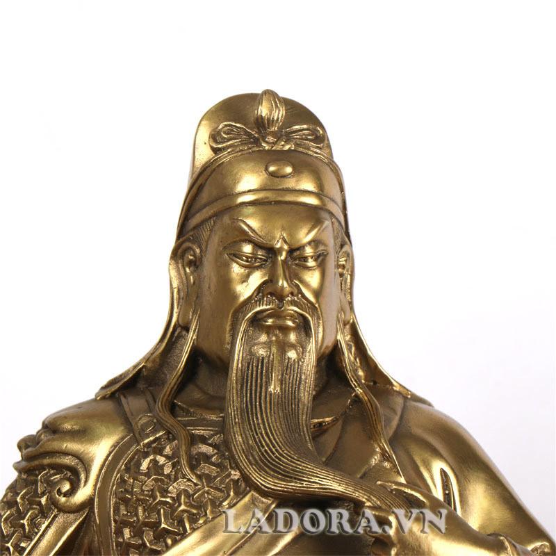 tượng quan công biểu trưng cho lòng trung thành và sự dũng cảm