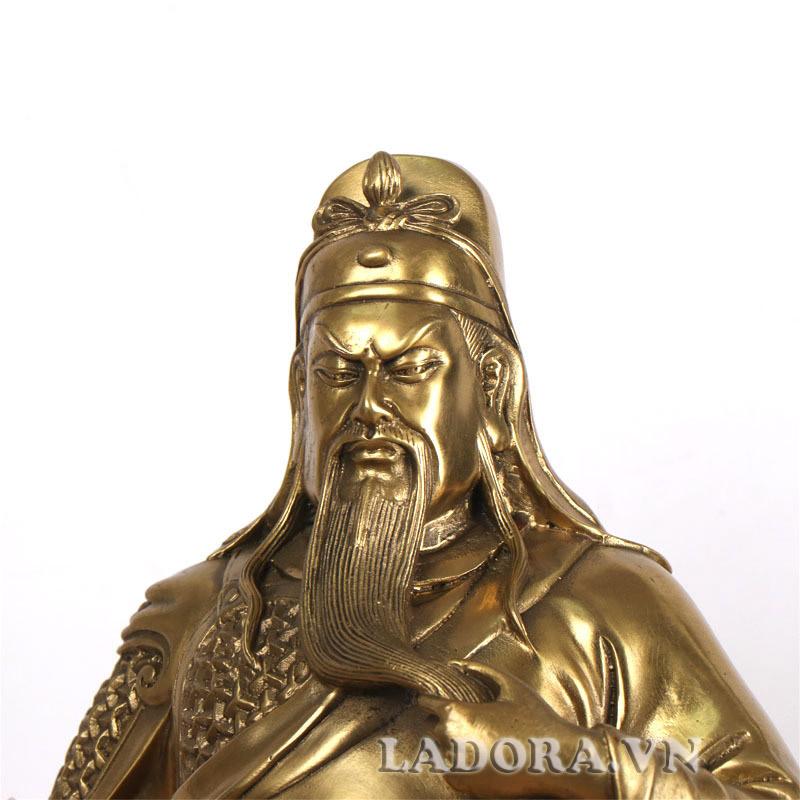 quan công là võ tướng rất mạnh dưới tay Lưu Bị