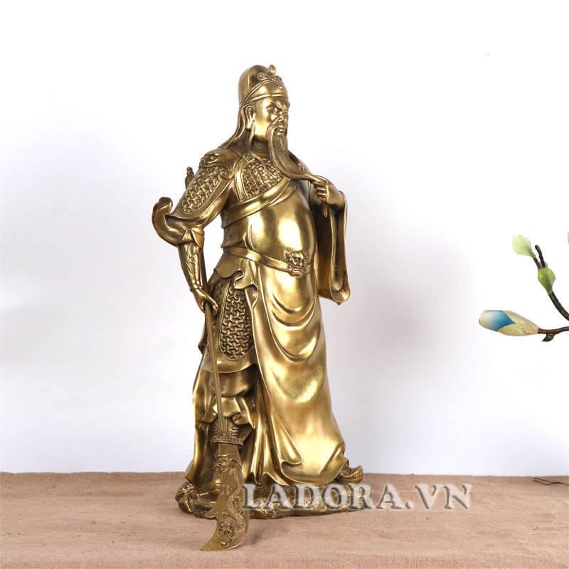 tượng quan công được đúc bằng đồng tại ladora shop