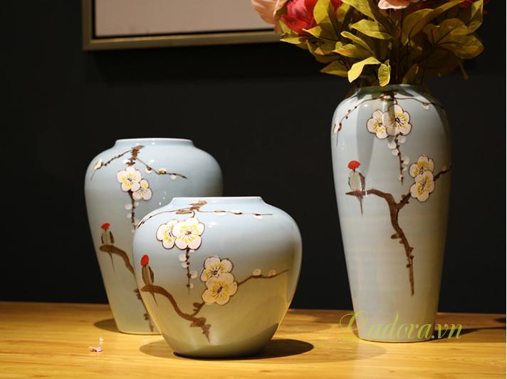 bình hoa gốm sứ đẹp tại cửa hàng bán đồ trang trí nhà ở hà nội ladora