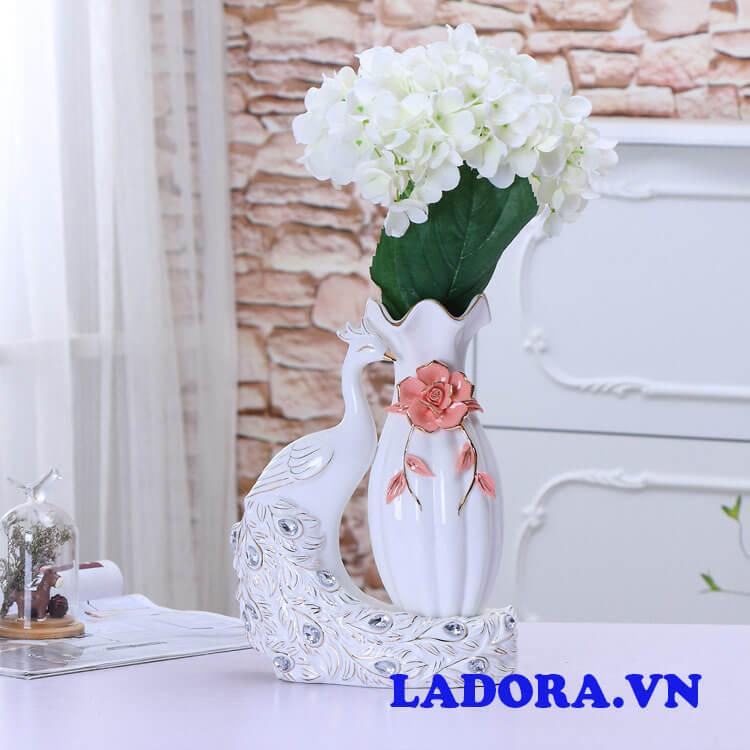 bình gốm cắm hoa đẹp tại shop bán đồ trang trí nhà ở hà nội ladora