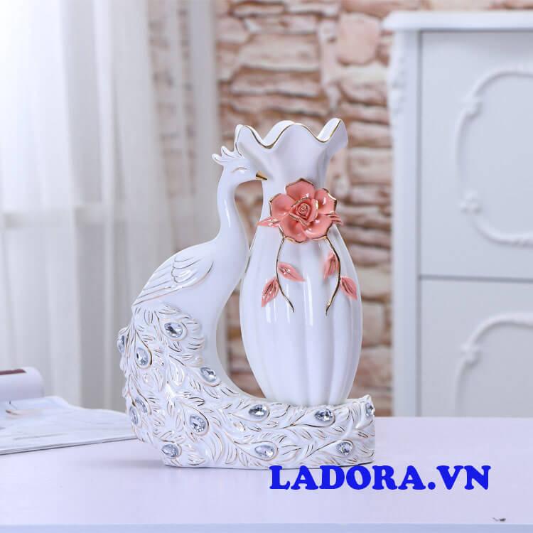 bình gốm sứ cắm hoa đẹp và tinh tế tại shop bán đồ trang trí nhà ở hà nội ladora