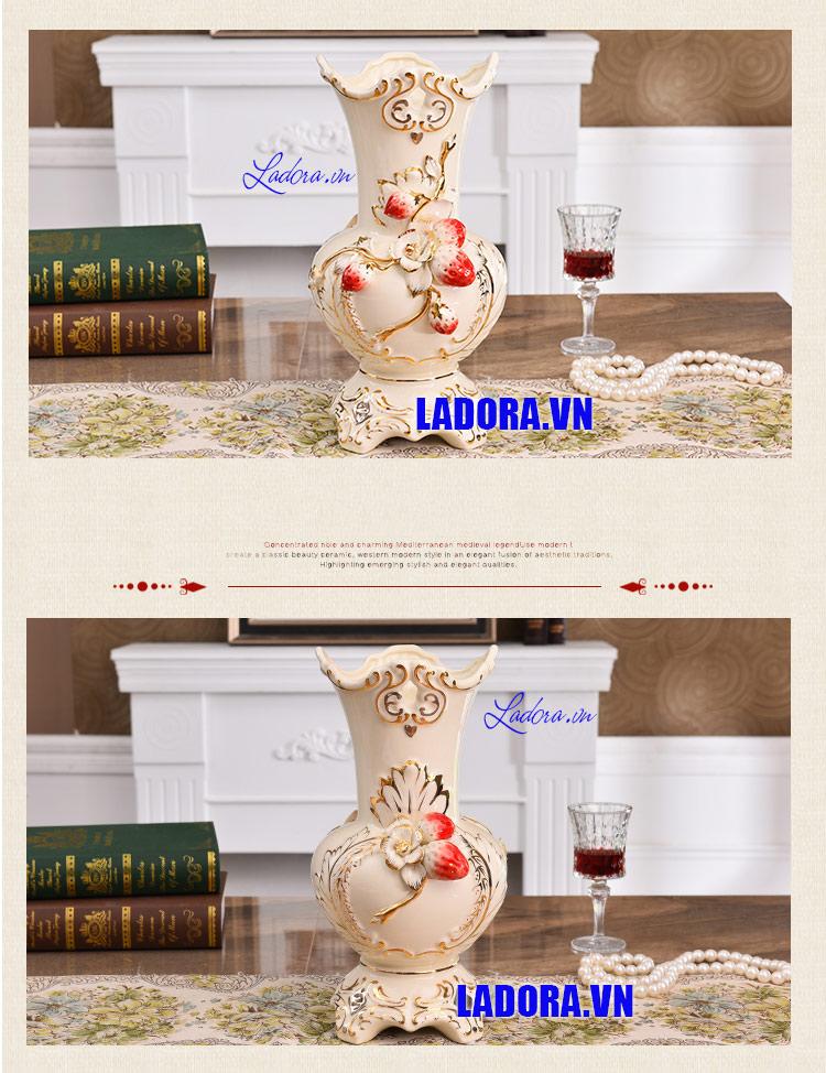 bình hoa gốm sứ trang trí tại shop bán đồ trang trí nhà ở hà nội ladora