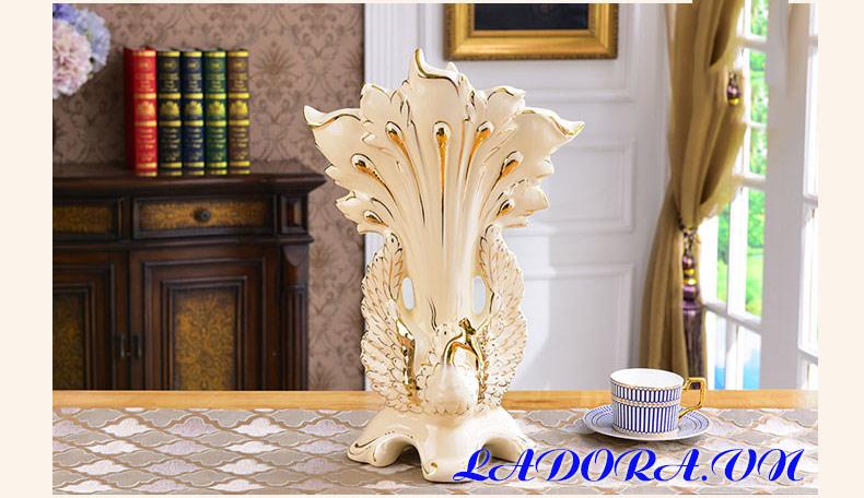 trang trí văn phòng làm việc bình hoa gốm sứ chim công - sản phẩm bán chạy tại Ladora shop