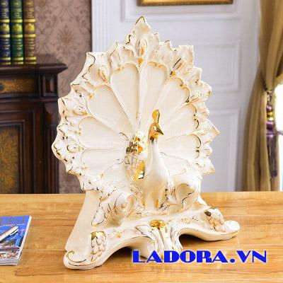 đồ trang trí con chim công gốm sứ tại shop decor ở hà nội ladora