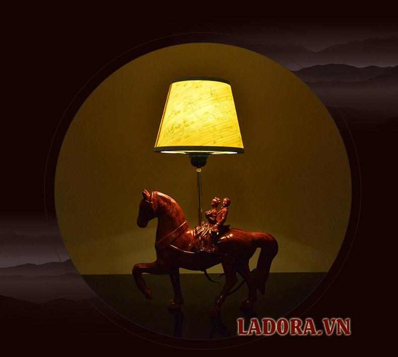 đèn ngủ làm quà mừng cưới ý nghĩa - ladora shop bán đồ decor ở hà nội