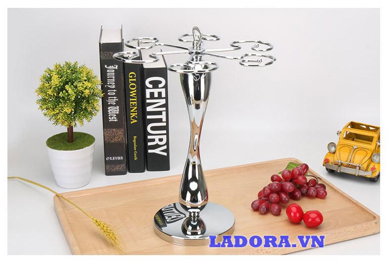 giá treo ly rượu vang để bàn tại ladora shop bán đồ trang trí nội thất ladora