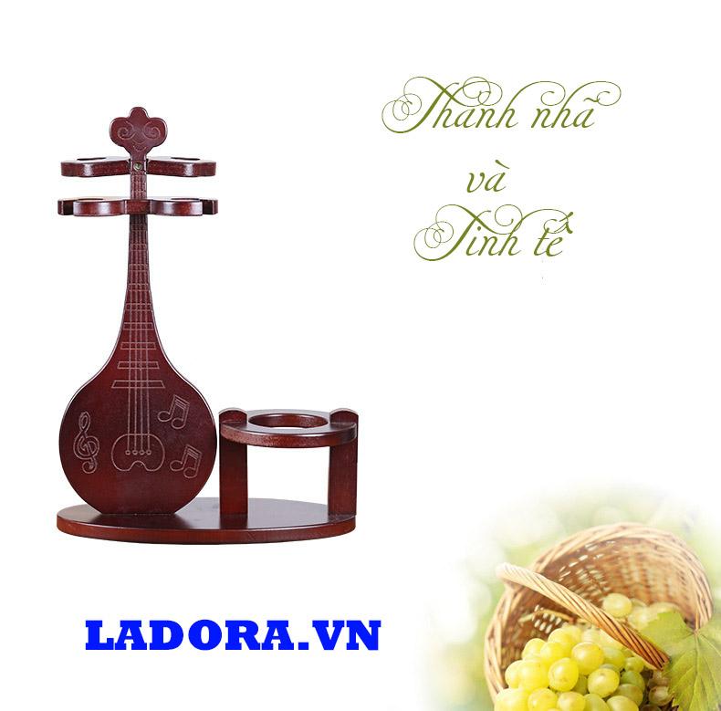 giá treo ly bằng gỗ rất thanh nhã và tinh tế - ladora cửa hàng bán đồ decor đẹp ở hà nội
