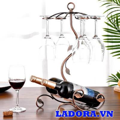 giá treo ly rượu vang tại shop bán đồ trang trí nội thất nhà đẹp ladora