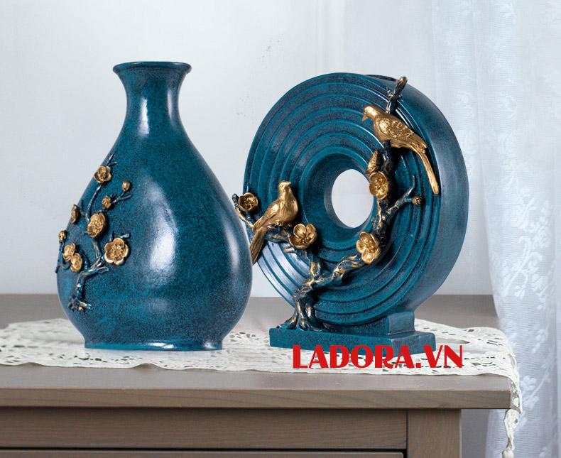 bình hoa và đĩa mặt trời tại shop bán đồ trang trí nhà đẹp ladora