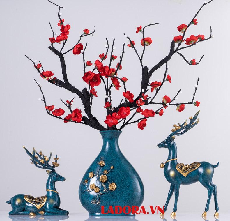 Hươu là đồ trang trí nội thất nhà đẹp được sử dụng phổ biến - ladora shop