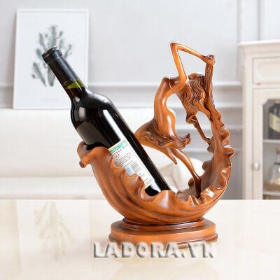 kệ đựng rượu vang đẹp tại shop bán đồ trang trí nội thất ladora