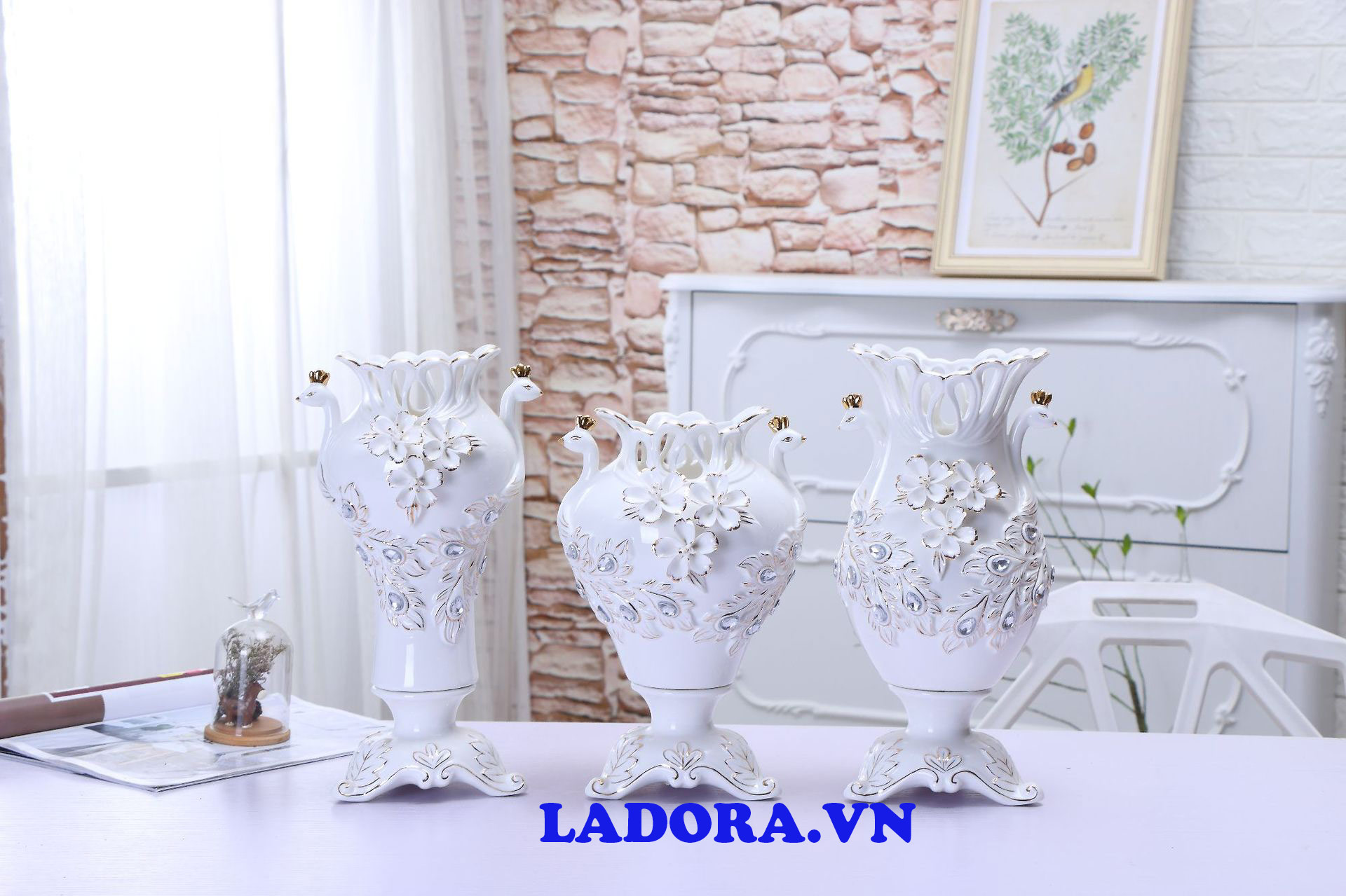lọ hoa gốm sứ đẹp tại shop bán đồ trang trí nhà ở hà nội ladora