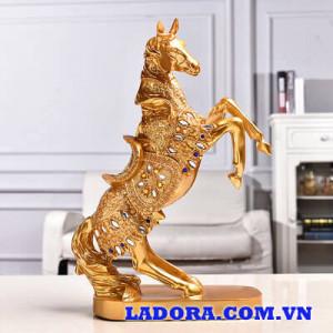 ngựa phong thủy tại ladora shop bán đồ trang trí nhà ở hà nội