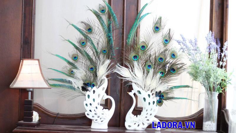 quà cưới đẹp và ý nghĩa cặp chim công tại shop bán đồ trang trí nhà ở hà nội ladora