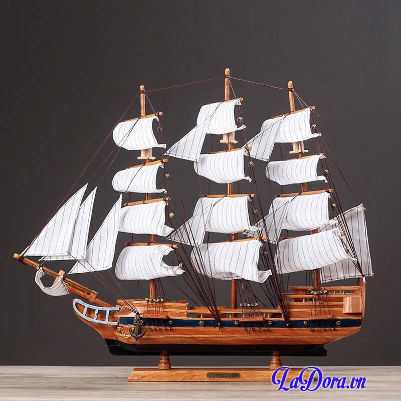 thuyền buồm phong thủy tại shop bán đồ trang trí nội thất ở hà nội ladora