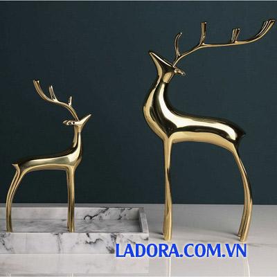 trang trí nội thất nhà đẹp với cặp hươu đồng tại ladora.com.vn