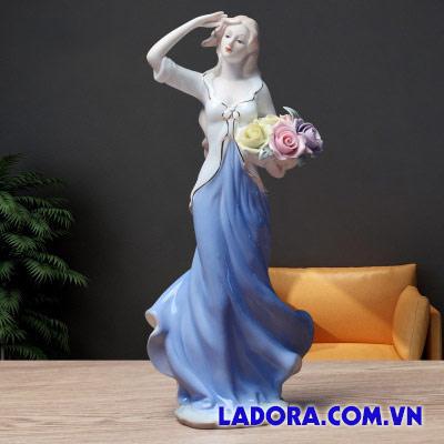 thiếu nữ gốm sứ trang trí nội thất trong nhà tại ladora shop