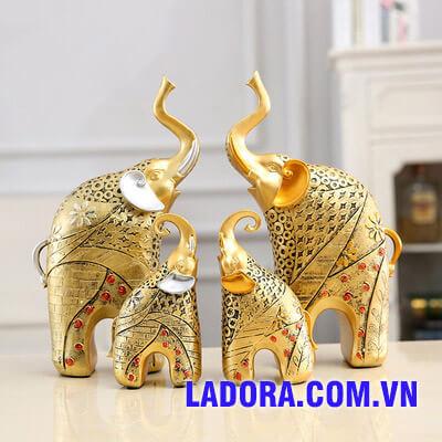 cặp voi may mắn tại ladora shop ở hà nội
