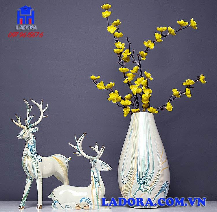 quà tặng cưới ý nghĩa với cặp hươu và hoa mai vàng trang trí - ladora shop đồ decor trang trí