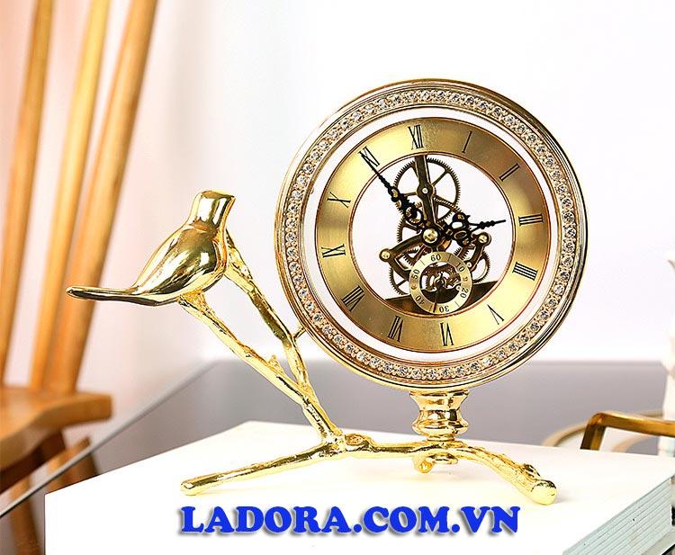 đồng hồ để bàn sang trọng và thanh lịch tại ladora shop decor ở hà nội