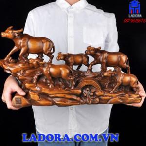 tượng trâu phong thủy đàn trâu lên núi tại ladora shop